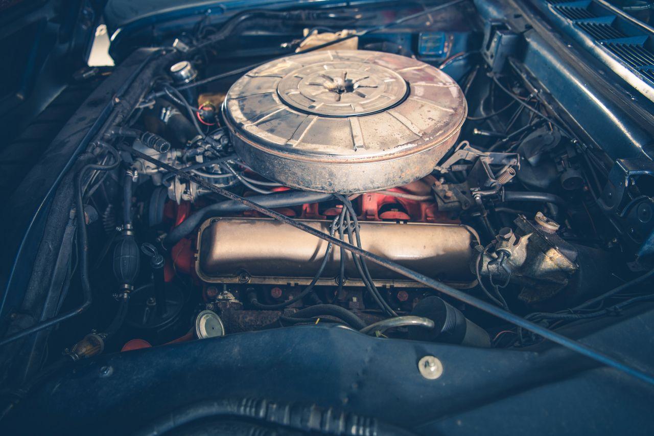 Gasmotor eines Autos